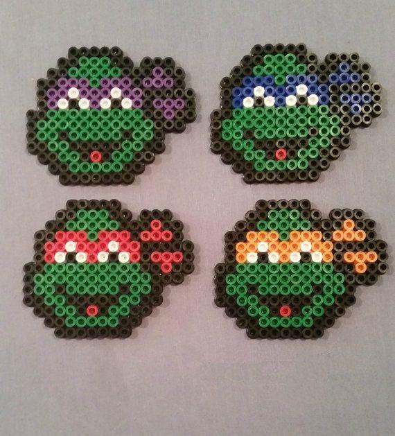 Tartarughe Ninja figure fatte di Hama Beads