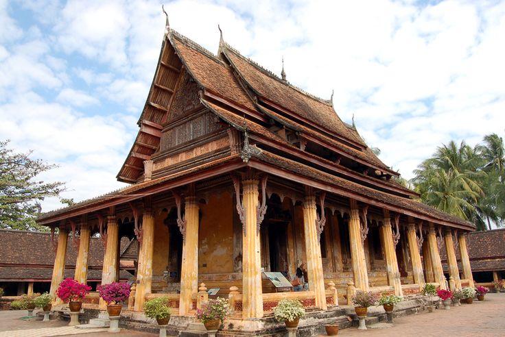 Chùa Xayaphoum được xây dựng từ những năm 1542