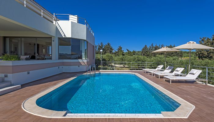 Villa Anastasia Modi Platania, Chania: A luxurious, private villa with 4 bedrooms and a swimming pool. View more  make a reservation: http://mysunnyescapes.com/svilla-20.html