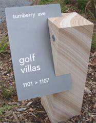 spiel mit dem Material - Holz und Metall