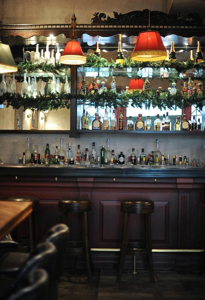 #restaurant #decor #interior #design #bar