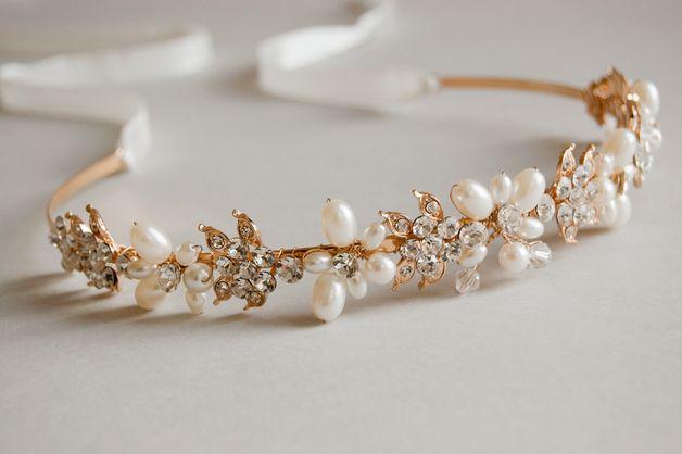 Haarschmuck & Kopfputz - Bridal Tiara Braut Tiara in Crystal, Perlen Tiara - ein Designerstück von floralschmuck bei DaWanda