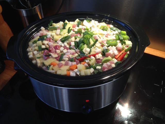 Guttas Kjøkken: Kjøttsuppe i Slow cooker - himmelsk mat i sakte fi...