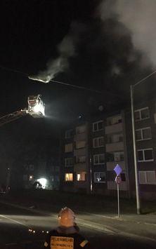 nice FW-GE: Arbeitsreiche Silvesternacht für Feuerwehr und Rettungsdienst – Silvesterbilanz der Feuerwehr Gelsenkirchen