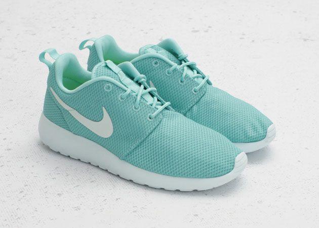 Nike WMNS Roshe Run – Tropical Twist