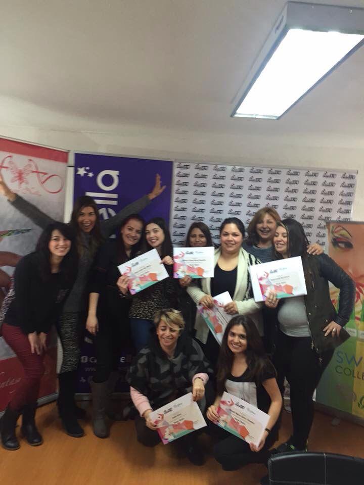 Entrega de certificados de nuestro curso de diseño a mano alzada en #ViñadelMar.