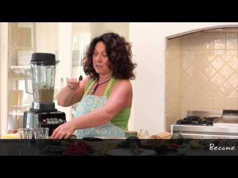 Maria Pia (Italian BioChef) makes RAW Mousse www.biochef.com.au