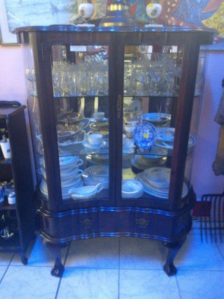Imbuia Display Cabinet | Bluff | Gumtree South Africa