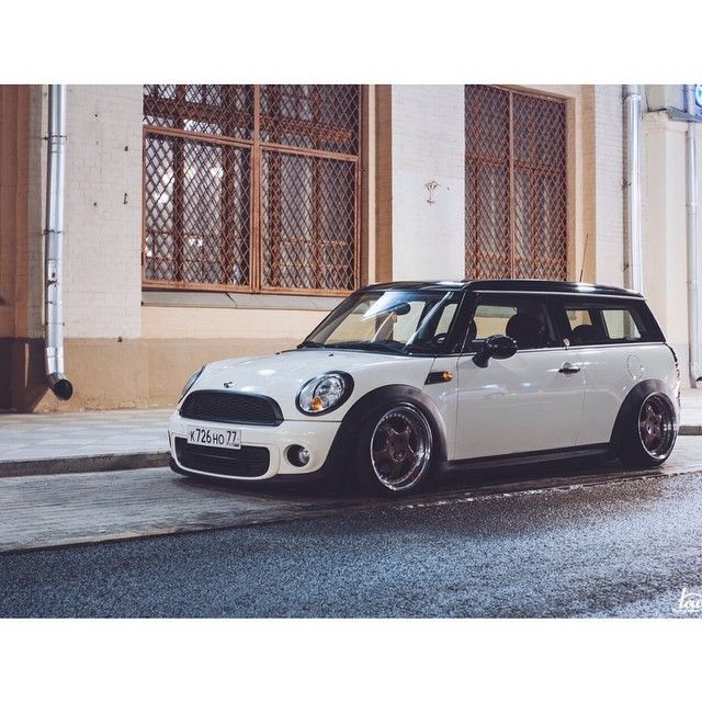 Mini Clubman On Air Made By Lowdailygarage Owner Ssemenovskiy Lowdaily Lowdailygarage Clubman Airbags Airrid Mini Clubman Mini Cooper Clubman Mini Cars