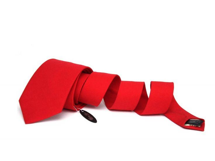 http://www.galantier.cz/obleceni-a-moda/cervena-kravata/?utm_source=pinterest&utm_medium=display&utm_campaign=kravaty