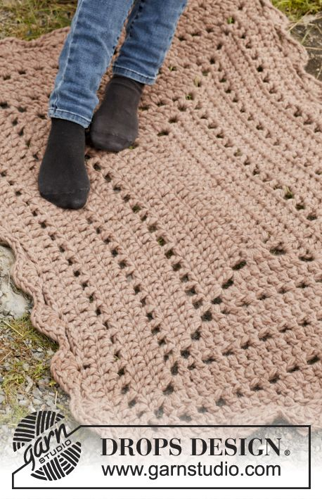 "FREE Crochet DROPS rug in ""Polaris"". ~ RUG"