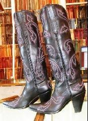 Falconhead - Boots   these are sooooo prettySouthern Bred, Southern Born, Born Southern, Southern Hospitals
