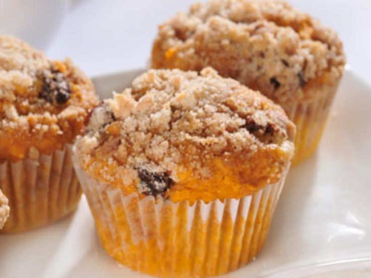 These deliciously moist pumpkin muffins are made with LIBBY'S 100% Pure Pumpkin, a Super Food.* And with LIBBY'S Pumpkin available year-round, you can enjoy these delicious and nutritious muffins any time of year. Whether you enjoy these delicious and nutritious muffins for breakfast or snack, you're sure to take pleasure in the scrumptious pumpkin flavor and the natural richness of vitamin A.