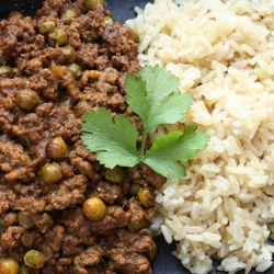 Lamb Kheema with Peas. An Indian dish.   Meatballls & other minced ...
