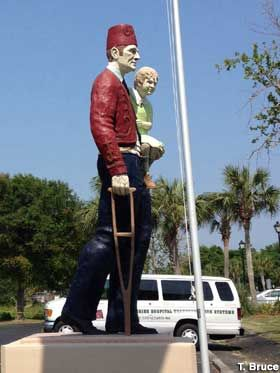 Mount Pleasant, South Carolina: Full-Color Shriner Statue