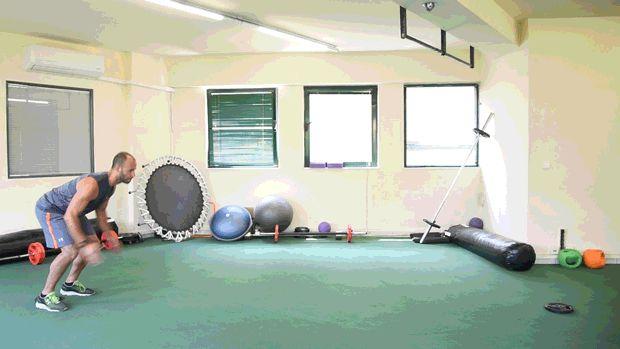 Προπόνηση σε τέσσερα σετ που συνδυάζουν ιδανικά την αερόβια με τη δυναμική άσκηση.