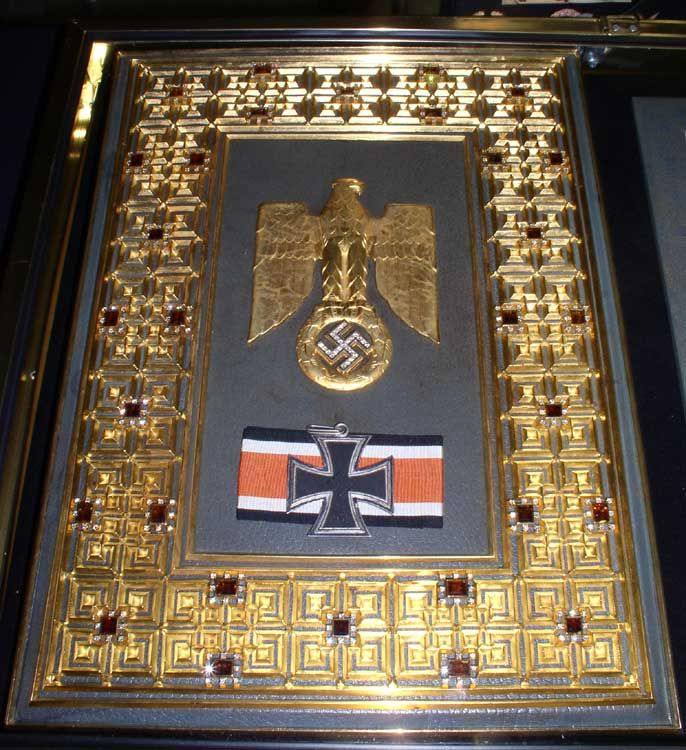 Grand Cross of the Iron Cross Hermann Göring became the only recipient of the Grand Cross of the Iron Cross during World War II, when it was awarded to him on July 19, 1940.
