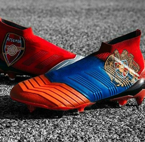 new product 92d4b 45929 Custum adidas Predator 18+ in colors of Arsenal and Armenia made just for  Henrick Mkhitaryan