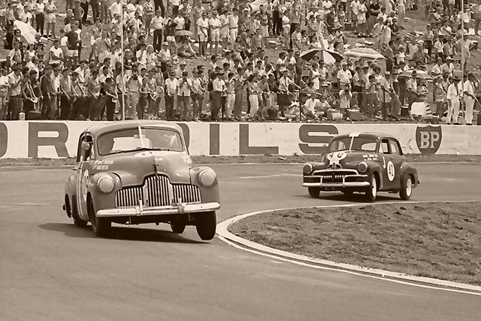 The iconic Australian Holden car's racing at Oran Park