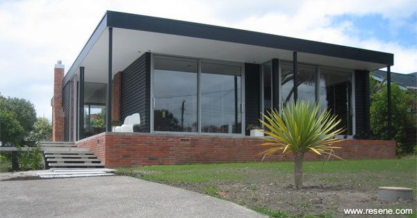 Resene CoolColour Black on house exterior