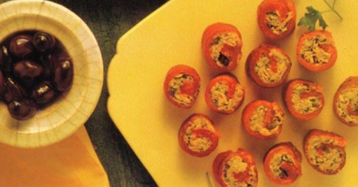 Рулетики из сладкого перца с тунцом