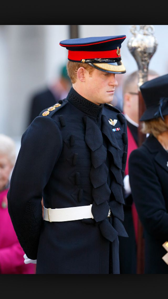 Captain Blues And Royals Brit Military Uniforms And