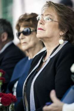 La presidenta chilena Michelle Bachelet, durante el homenaje a su padre. - Sebastián Utreras
