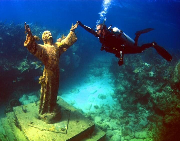John Pennekamp State Park, Key Largo Florida... wonderful scuba diving by the statue of Christ.