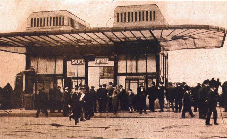 Templete de entrada a la estación de metro de la Puerta del Sol.1919