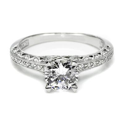 Pretty Ring: Idea, Tacori Engagement, Round Diamonds, Engagementrings, Crescents, Jewelry, Wedding Rings, Dreams Rings, Diamonds Engagement Rings