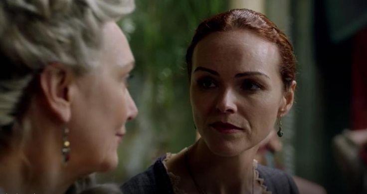 "Anna-Louise Plowman und Fiona Ramsay in ""Black Sails"". title="