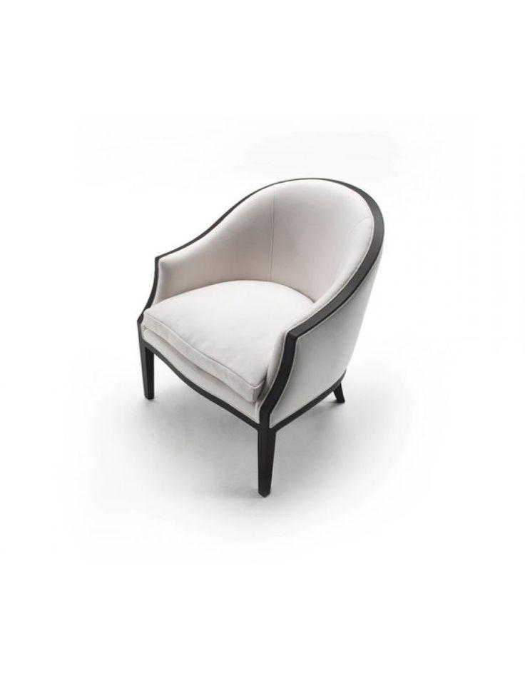 Living Divani ABC  De Living Divani ABC fauteuil is een tijdloos design van Piero Lissoni. Uiteraard is de fauteuil leverbaar in een groot aantal stof- of leersoorten
