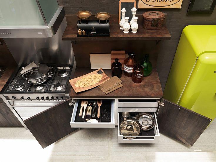 cucina-febal-industrial-legno-scuro