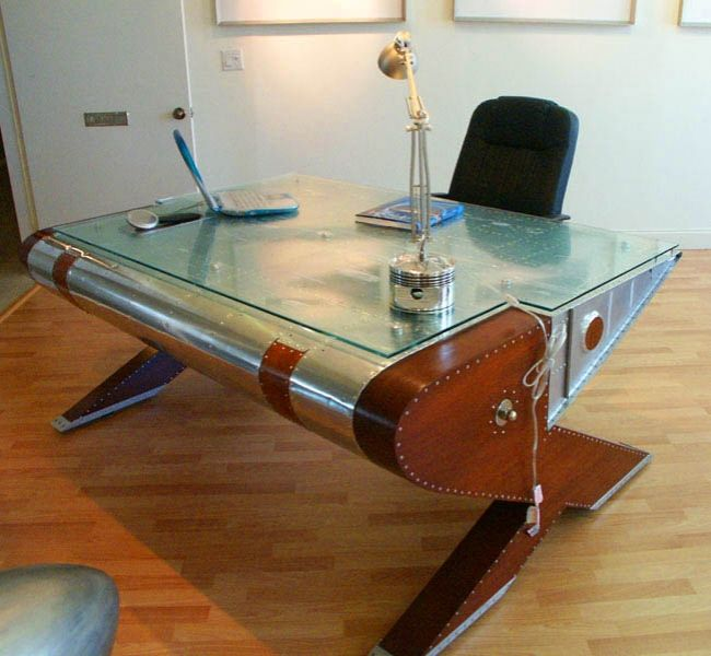 Genial Airplane Wing Desk