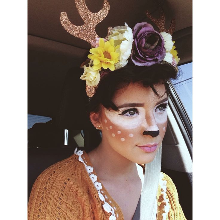 Went to disneyland last month dressed up as Bambi. Been wanting to be Bambi for almost a year now ☺️ Thanks @Jasmine De for the idea!