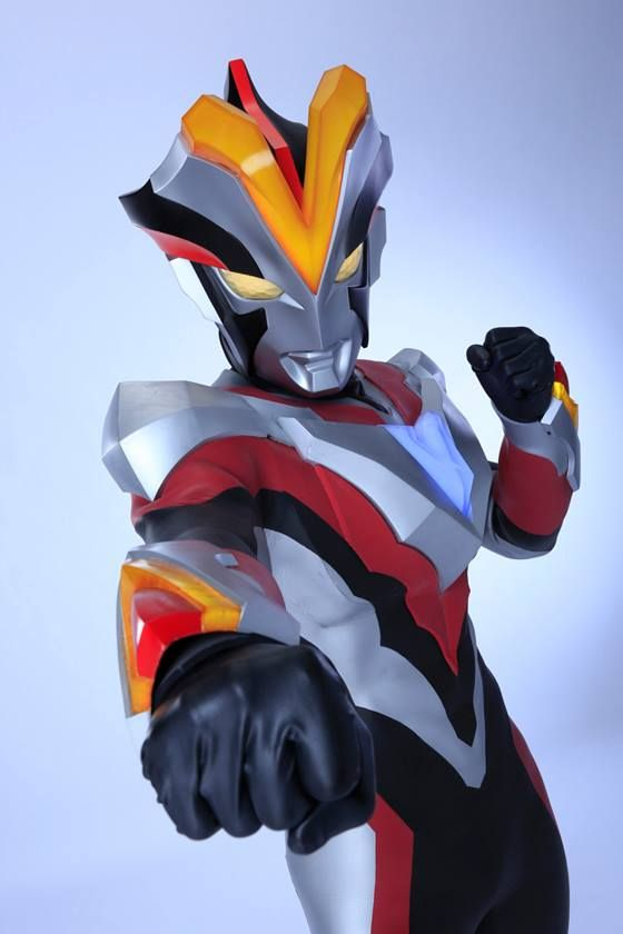 Ultraman Ginga S - First Images & Sakamoto Attached