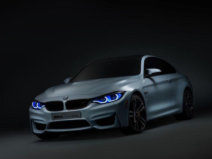 Zodra je aan het stuur draait, zet de auto een extra lamp aan (bijvoorbeeld een mistlamp), of worden de koplampen gedraaid. Nu werkt het dus eigenlijk pas op het laatste moment. BMW wil bestuurders in de toekomst al eerder een bocht in laten kijken. Door de verlichting te koppelen met het navigatiesysteem, weet de auto wanneer er een bocht aan komt en licht hij hem met de laserverlichting uit.