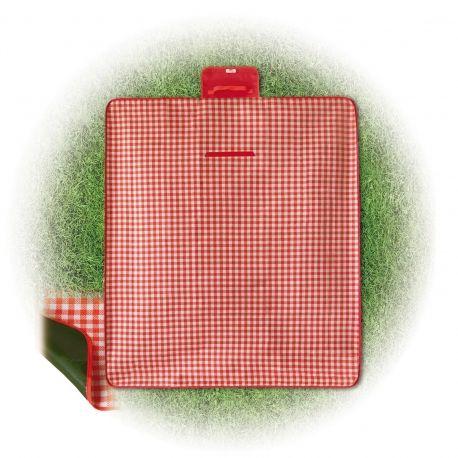 Seletti presenta questa simpatica coperta da pic-nic a quadri bianchi e rossi. Ottima per l'outdoor, grazie alla praticità ed alla impermeabilità. Disegnata da Selab, è perfetta per una grigliata con gli amici o una scampagnata con la famiglia. #outdoor #picnic