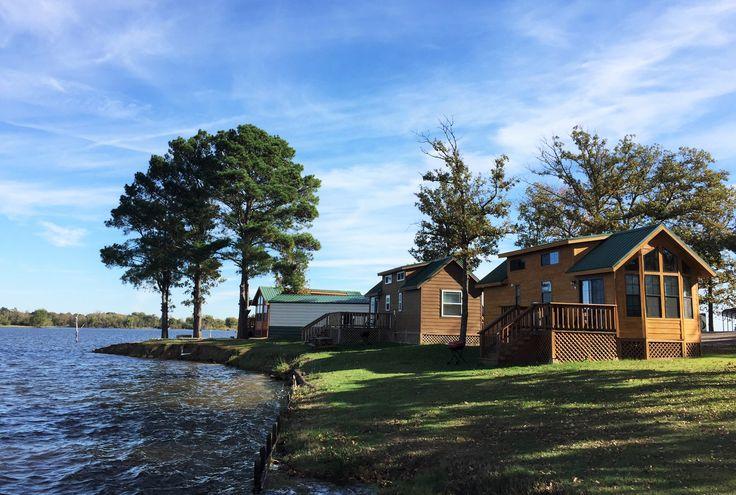 Escape to Lake Fork in a waterfront cabin at Pope's