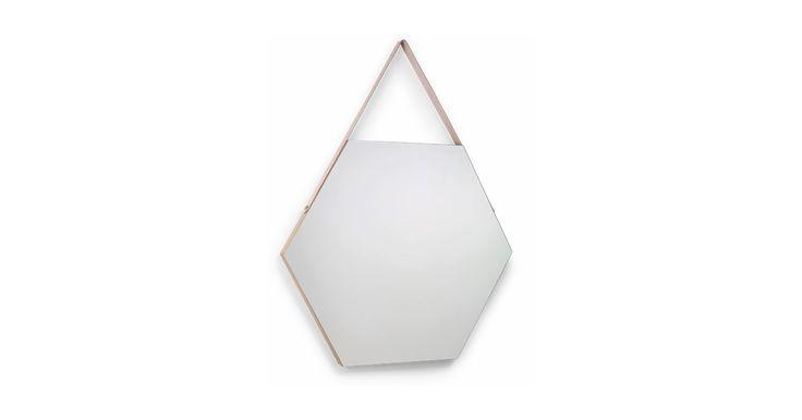 Spejlet til alle siderne af dig. Det er super stilfuldt og der er noget smukt at finde indeni, hvis du ser efter.