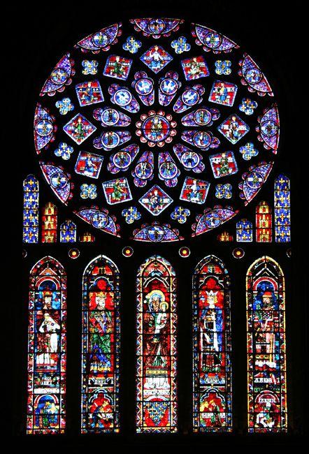 Art gothique - vitraux, Rosace et lancette nord de la Cathédrale de Chartres - vers 1200