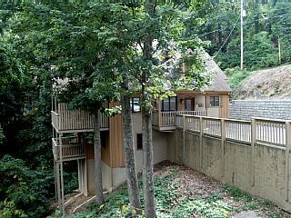 10 best vacation 2017 images on pinterest holidays for Charlottesville cabin rentals hot tub
