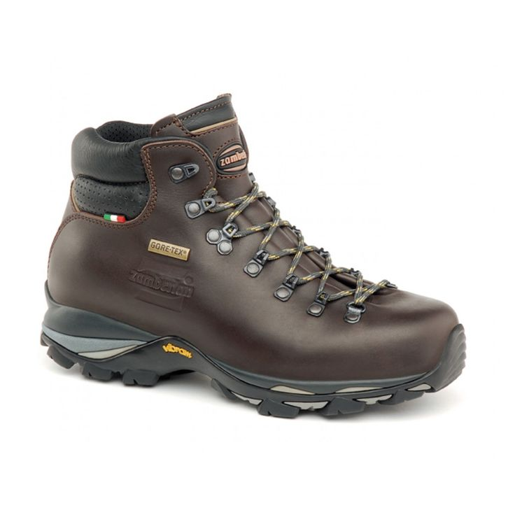 310 SKILL GTX WNS - Light backpacking with comfort and protection. Upper construction with single piece of full grain leather, to perfectly wrap the foot and enhance sensitivity, comfort and control. PU insert for maximum shock absorption and durability. GORE-TEX® Performance Comfort membrane. Zamberlan® Vibram® LH07 outsole. #zamberlan #skill #discoverthedifference #backpacking