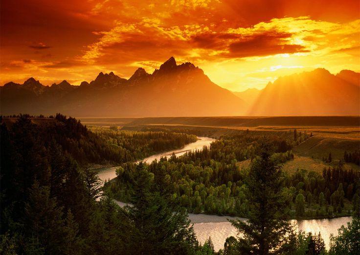 sunset over snake riverNature, Sunsets, Teton National Parks, Beautiful Places, Sunris, Grand Teton National, Jackson Hole, Snakes Rivers, National Parks Wyoming