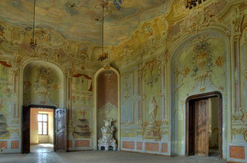 Halič castle, Slovakia. Trompe-l'œil, A. Meyerhoffer, 1762.