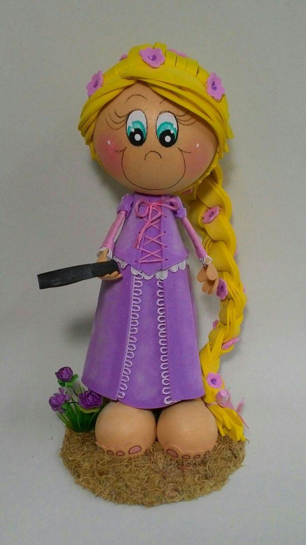 Boneca Rapunzel em e.v.a