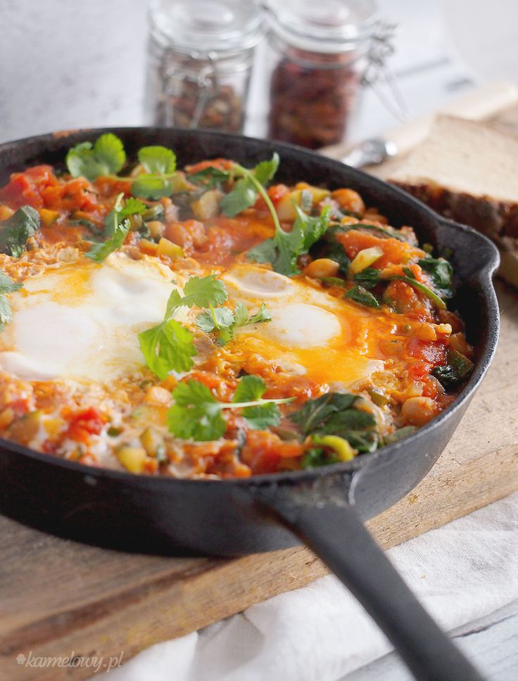 Pikantne jajka po marokańsku / Spicy Moroccan eggs