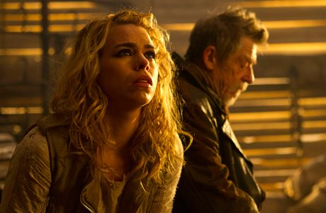 Billie Piper (with John Hurt in the background) in 'The Day of the Doctor.' (Photo: BBC AMERICA)