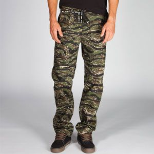 DGK Working Man Mens Chino Pants #armypants #chino #dgk #california #skate #streetwear
