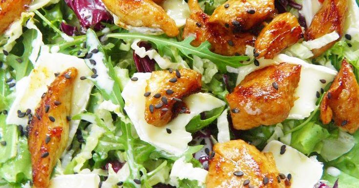 Sałatki - Sałatka z kurczakiem i serem camembert